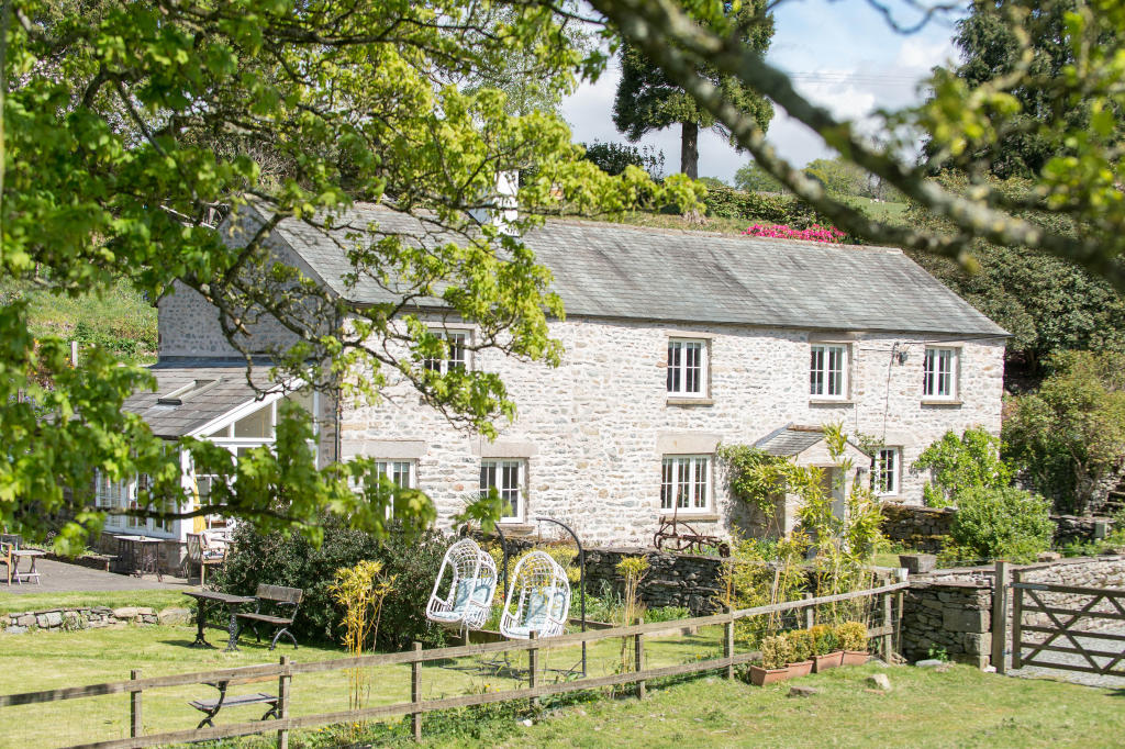 Nine things you should consider before moving to the countryside